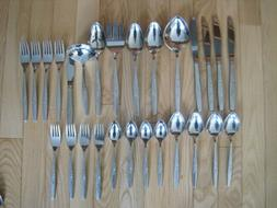 ONEIDA WILL O WISP STAINLESS FLATWARE INCL. SERVING PIECES L
